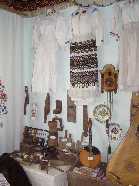 national clothing and embroidery in Western Ukraine