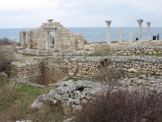 famous marble columns of Khersones