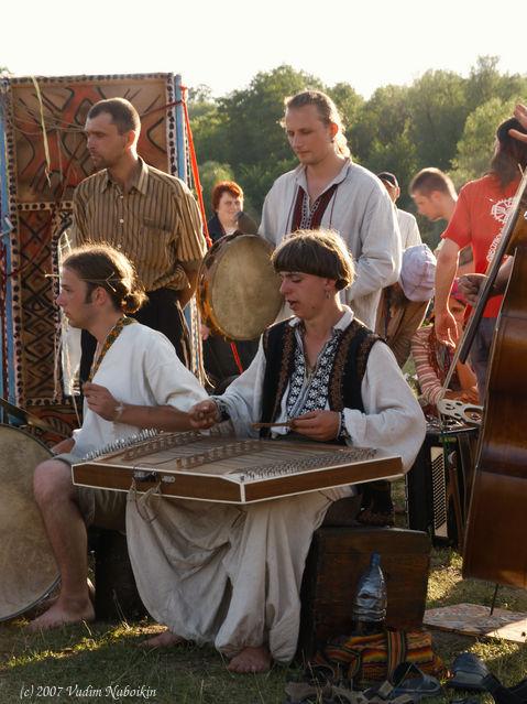 Ethhnic music and pop singers at Ukraine ethnic music festivals